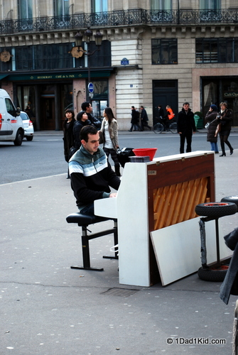 paris, street musician, living like a local