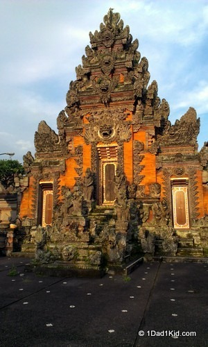 like a local, Bali temple