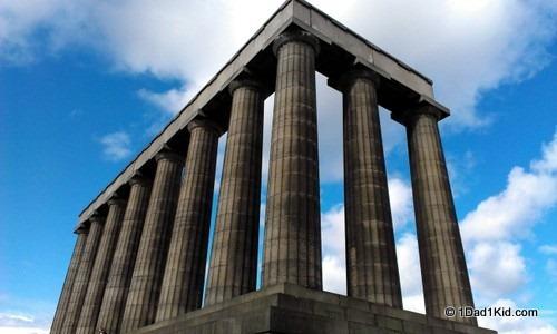Edinburgh monument