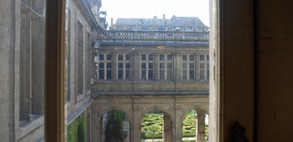The case for avoiding Paris in the summer