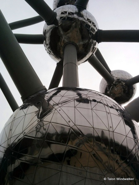 time in brussels, atomium
