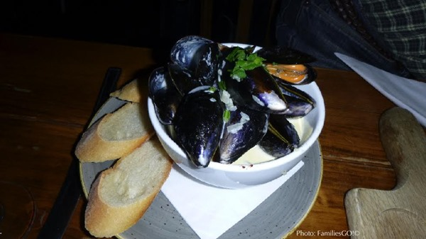 mussels, edinburgh, scotland